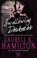 Swallowing Darkness (Meredith Gentry, #7)